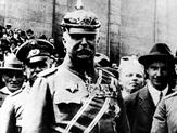 Hitler - eine Karriere Szenenbild 4