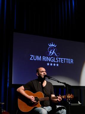 Zum Ringlstetter - Live Szenenbild 1