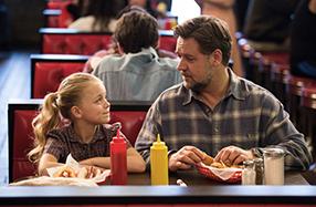 Väter & Töchter - Ein ganzes Leben Szenenbild 1