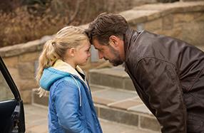 Väter & Töchter - Ein ganzes Leben Szenenbild 2