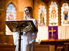 Ein Pastor zum verlieben Szenenbild 6