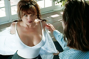 Suzanne Szenenbild 1