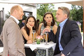 Vorstadtweiber -Staffel 1 Szenenbild 3
