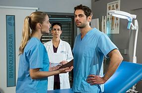 In aller Freundschaft - Die jungen Ärzte Szenenbild 4