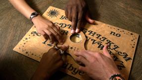Das Ouija Experiment Box 1-6 Szenenbild 1